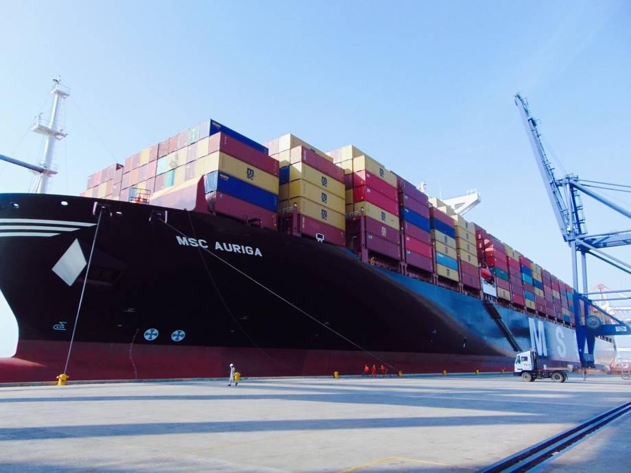 Tàu MSC AURIGA cập bến vào SSIT vào 15h30 ngày 22/3. Ảnh: SSIT
